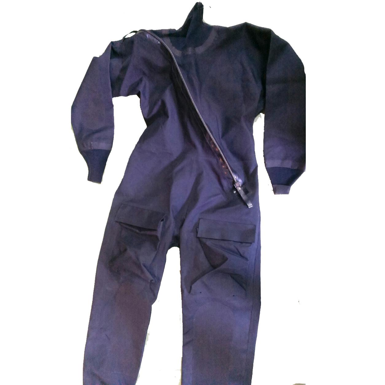 imersion suit